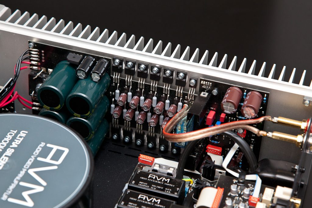 AVM Ovation A6.2 - MOSFET-owy wzmacniacz stereo