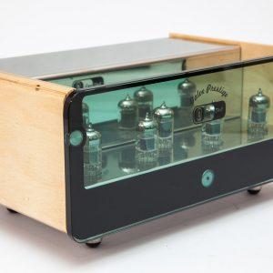 Lampowy przedwzmacniacz gramofonowy EGG-SHELL