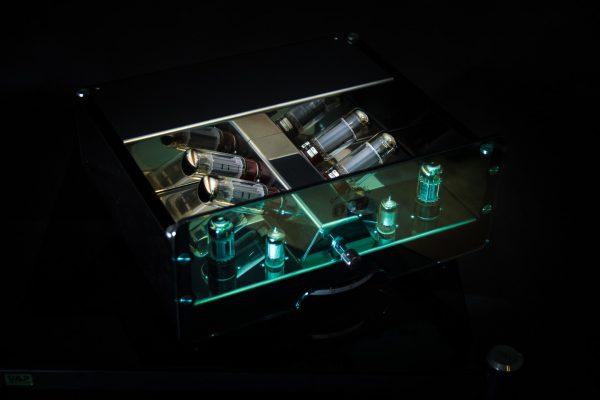 EGG-SHELL Prestige 18WSH - outlet wyprzedaż wzmacniacza lampowego